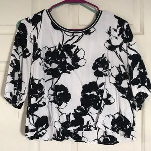 Women's Abercrombie & Fitch floral crop top!